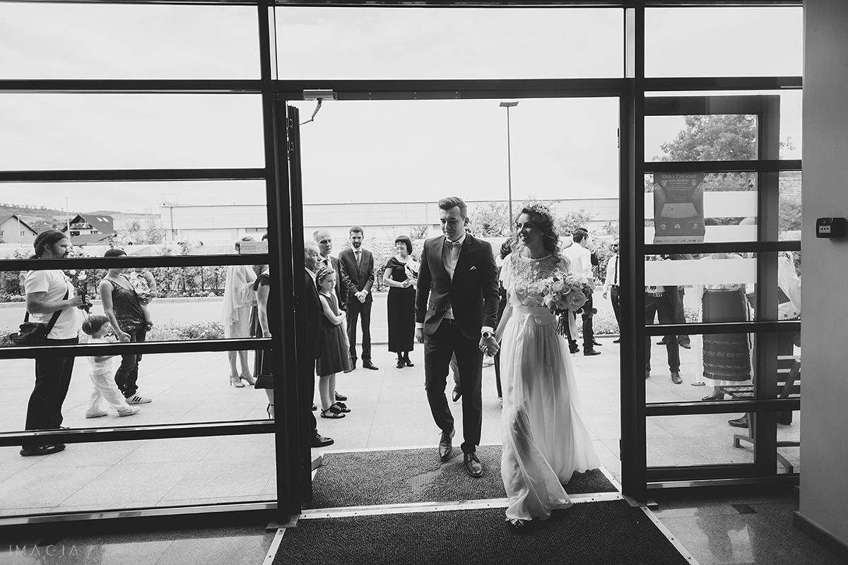 mire si mireasa la casatoria civila floresti