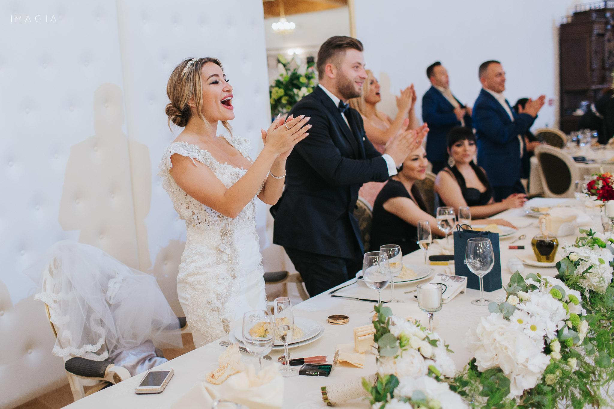 Mire și mireasă la nuntă la Sun Garden în Cluj-Napoca