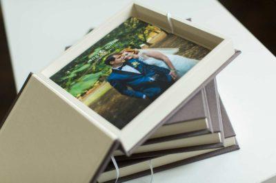 Albume foto de nuntă pentru părinți sau nași