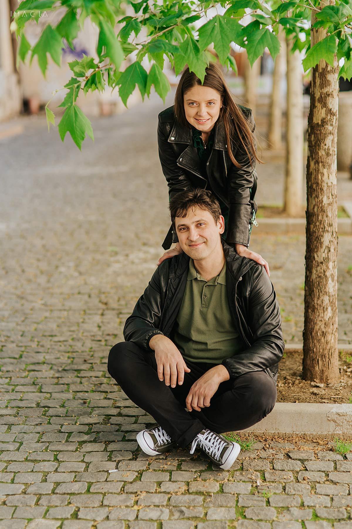 Cuplu din Bucuresti la o sedinta foto inainte de nunta