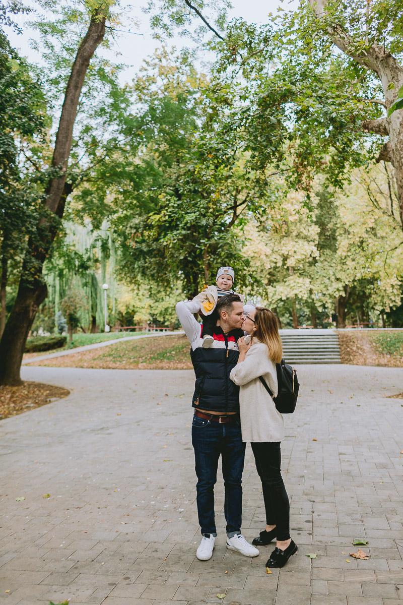 Ședință foto de familie în Grădinile Romei din Satu Mare