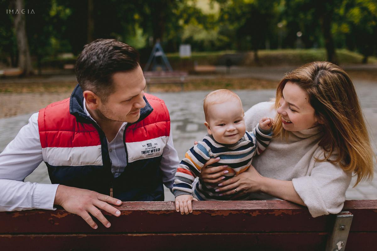 Imagini de la o ședință foto de familie din Satu Mare