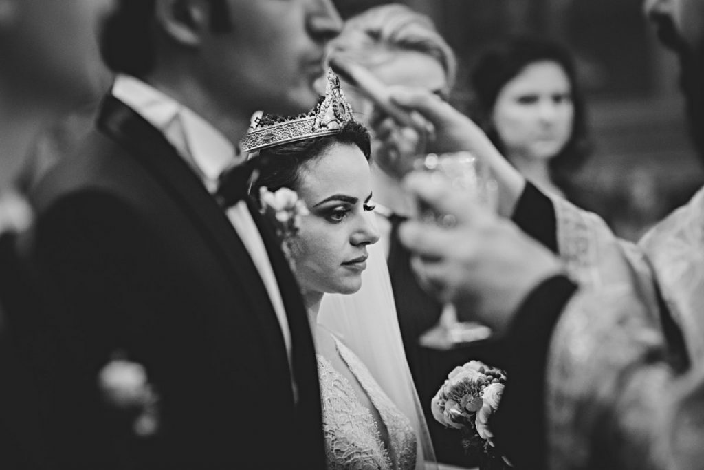 Cele mai bune fotografii de nuntă în biserică - imagia.ro